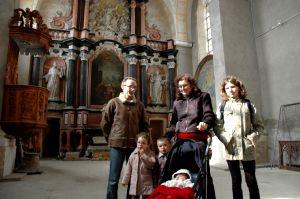 Une famille vésulienne lors de la visite de la chapelle.