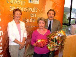 Marie-Josèphe Couval (au centre)